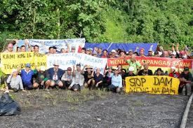 Blockade at the Baram dam