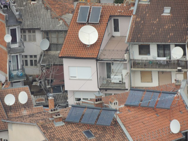 Distributed energy and information (satellite TV) in Prizren, Kosovo