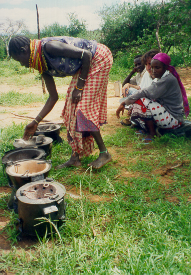 Choosing between improved stoves at Mpala Research Center, Kenya